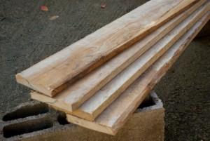 Planches de coffrage pour potager en carrés